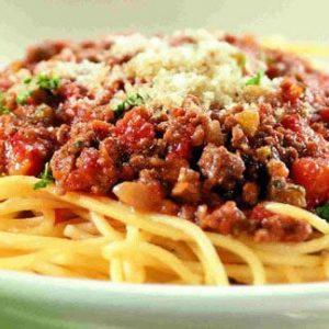 italyan usulü bolonez soslu spagetti